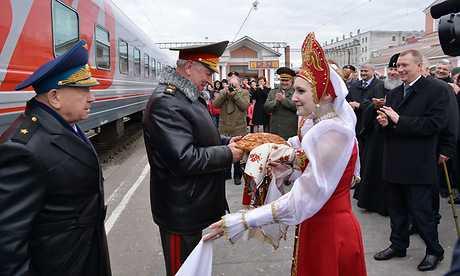 В Брянск приехали космонавты и другие гости