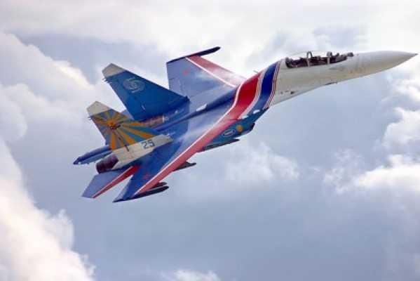 Брянск разбудили «Русские витязи» (видео)