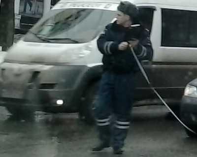 В Брянске при столкновении маршрутки и легковушки пострадал студент