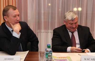 Лучший губернатор России заработал  меньше, чем незаменимый брянский