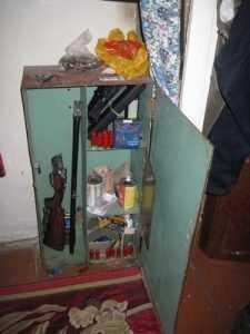 Брянская полиция задержала владельца незаконного арсенала
