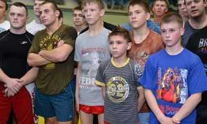 Брянскому богатырю Минакову с губернаторского плеча упали 50 тысяч