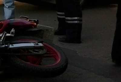 В Брянске столкнулись «Ниссан» и мотоцикл