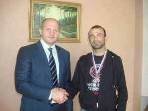 Брянец стал призёром чемпионата ЦФО по смешанным единоборствам