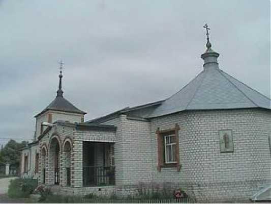 В обворованной брасовской церкви случился пожар