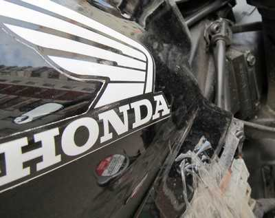 Под Брянском разбились мотоциклист и девушка