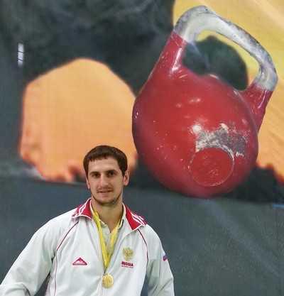 Брянец победил в этапе Кубка мира по гиревому спорту