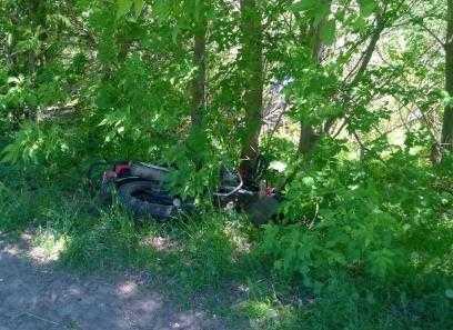 Под Брянском разбился пьяный мопедист и столкнулись два грузовика