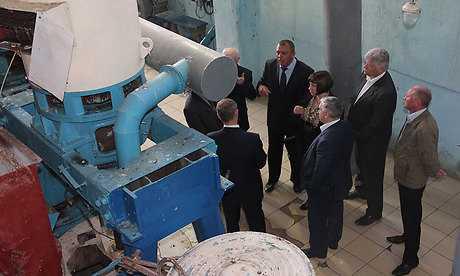 Брянскому губернатору доложили о росте выпуска комаричского сахара