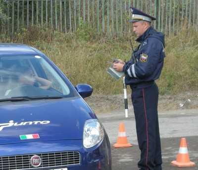Перед Первомаем брянские гаишники задержали 17 пьяных водителей