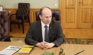 Писатель Николай Стариков призвал в Брянске спасти Донбасс