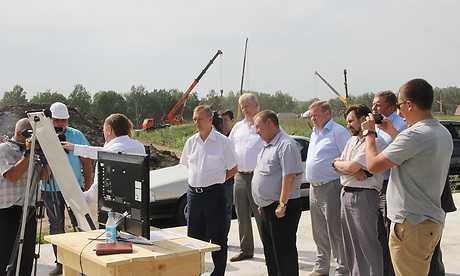 Губернатора Николая Денина приняли за прораба «Мегаполиса»