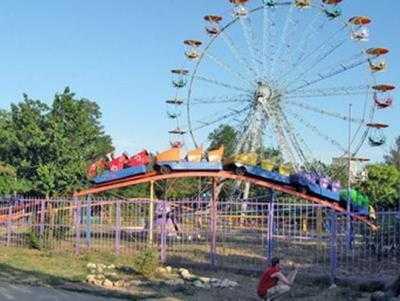 В брянском парке «Соловьи»  карусель покалечила детей