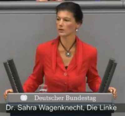 Ангелу Меркель обвинили во лжи и поддержке бандитского режима Украины