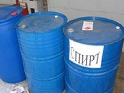 Брянская полиция поймала уголовниц, укравших 15 литров спирта