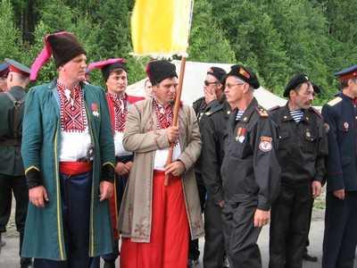 У монумента Дружбы 28 июня споют Александр Серов и Таисия Повалий