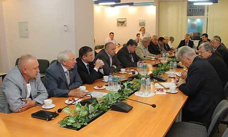 Из замов брянского губернатора временно выбыли Симоненко и Кобозев