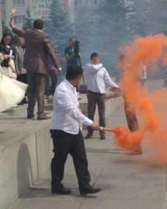 Брянск обсуждает огненное шоу на площади Партизан