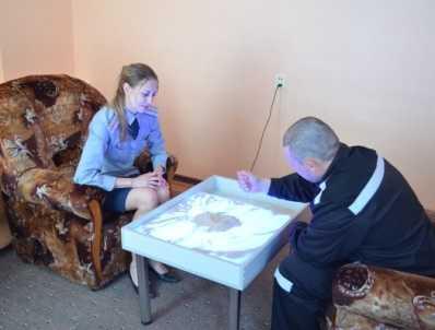 Зеков из бунтовавшей брянской колонии успокаивают психотерапией