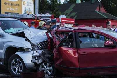 При столкновении четырех автомобилей в Брянске никто не пострадал