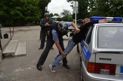 В магазине Новозыбкова задержали дебошира