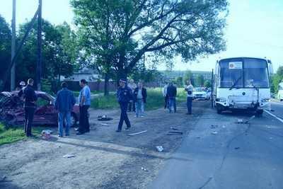 На трассе Брянск – Смоленск погибли 24-летний водитель и пассажир