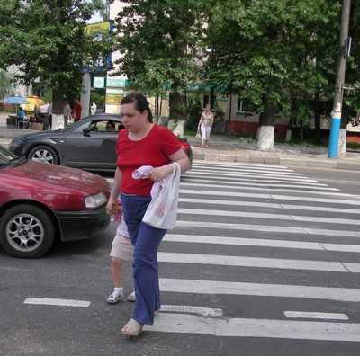 Власти Брянска пообещали к 15 августа обезопасить дороги около школ