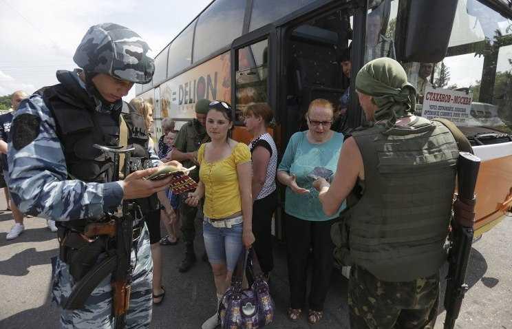 Жители восточной Украины бегут от войны