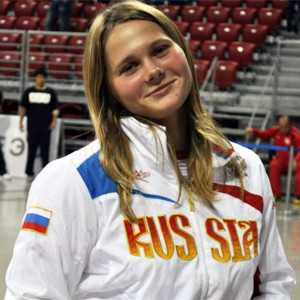 Брянская самбистка победила на молодёжной спартакиаде