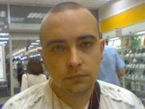 Брянская полиция ищет мужчину, который помог мошенникам в афере
