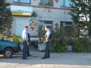 Нож кавказца, который изрезал жителей Комаричей, не нашли