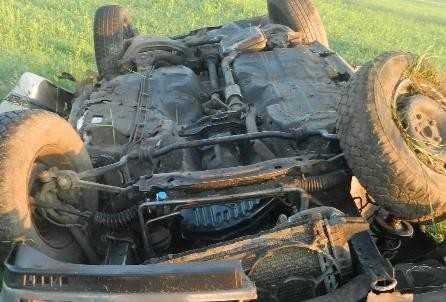 На брянской трассе в перевернувшемся автомобиле погибла женщина