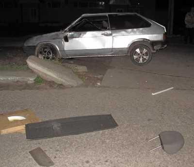 В Навле пьяный водитель покалечил двух девушек