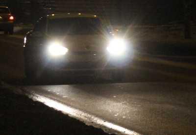 Ослепленный брянский водитель врезался в столб