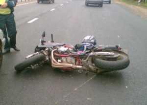 В Брянске мотоциклист сломал 12 рёбер, врезавшись в «Ауди»