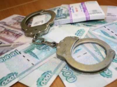 Бухгалтера брянского ТСЖ обвиняют в хищении 600 тысяч рублей