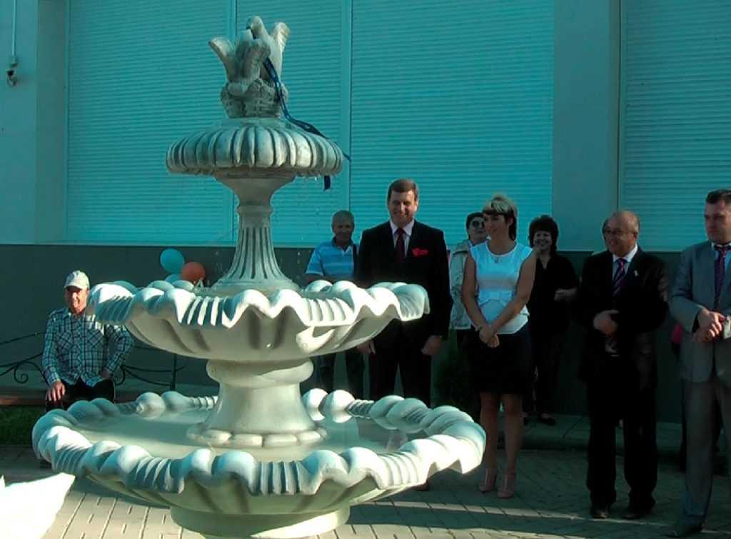 В Брянской области появился почтовый фонтан