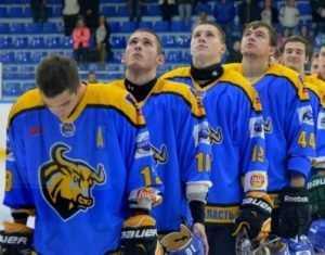 Хоккейный клуб «Брянск» проиграл «Зеленограду», пропустив 13 шайб