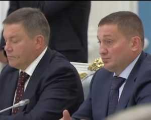 В Кремле Бочаров пообещал вкалывать,  а Потомский – накормить  Европу