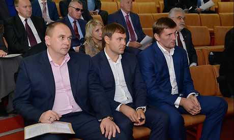 Главой Брянска будет врач Хлиманков, главой Думы — газовик Попков