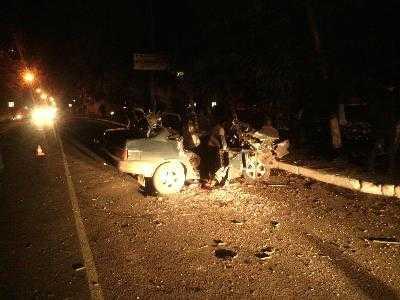 Пьяный брянец, врезавшись в дерево, погубил пассажира
