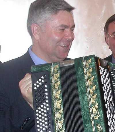 Депутатский мандат брянского губернатора передадут Малашенко