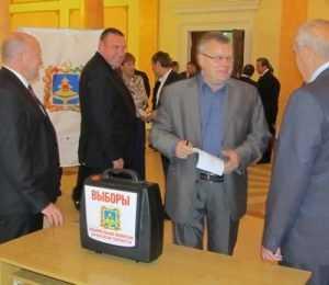 Комитеты в Брянской Думе сохранили только Гапеенко и Пенюков