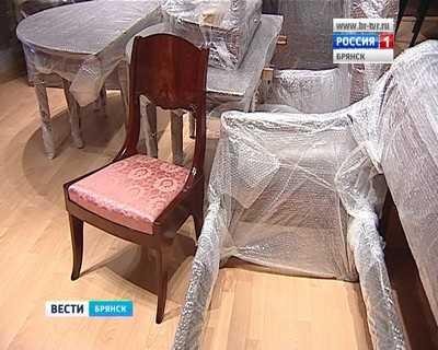 Мебель для музея-усадьбы А.К. Толстого  вызвала недоумение