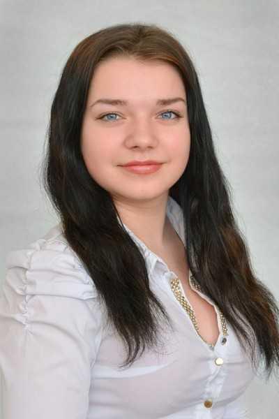 Мать убитой «Инфинити» у «Брянсксельмаша» Вики Камковой в отчаянии