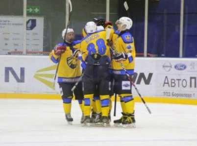 Хоккейный «Брянск» завершил выездную серию, обыграв «Тверичи»