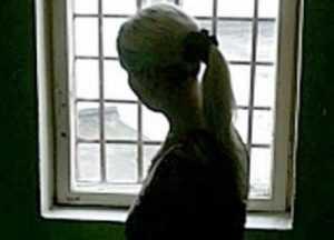Мать-убийцу новорожденной девочки отправили в психбольницу