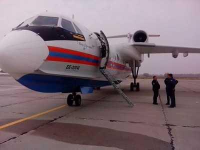 Пожары в Брянской области тушит самолет-амфибия