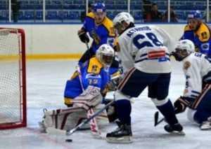 Хоккеисты «Брянска» неожиданно проиграли белорусам