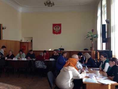 В Бежицкой администрации приняли 13 украинских беженцев